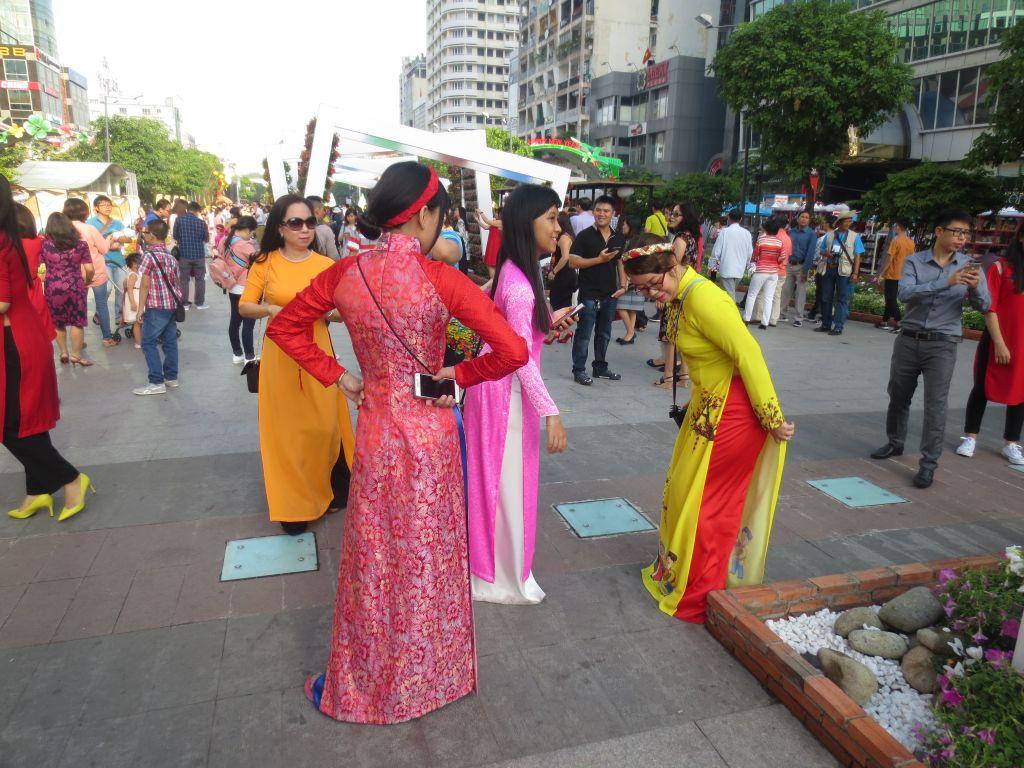 Vietnamese Ladies in Ao Dai on Nguyen Hue Flower Street