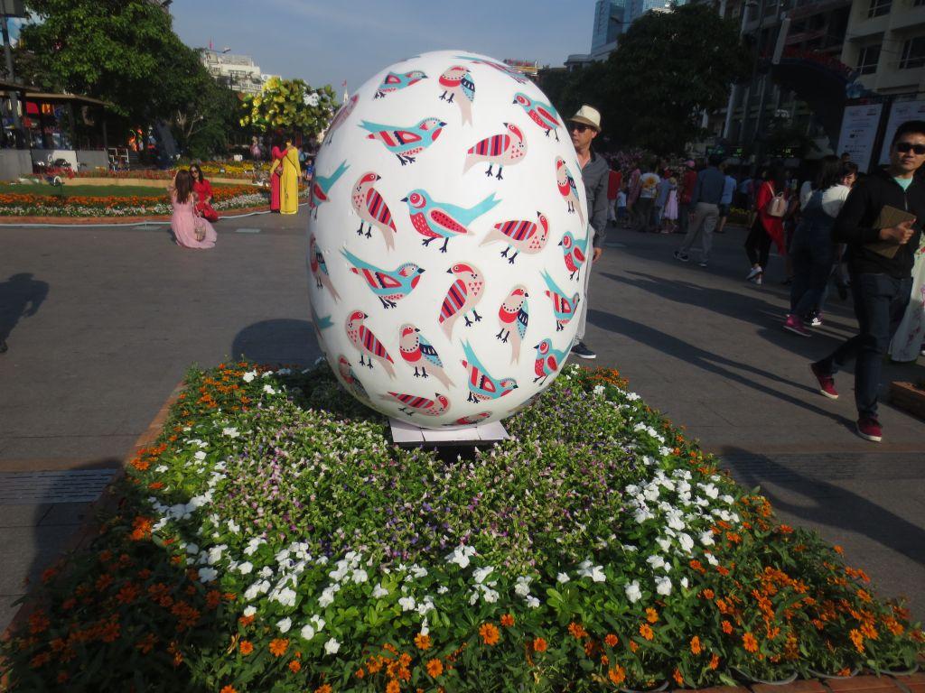 Nguyen Hue Flower Street 3