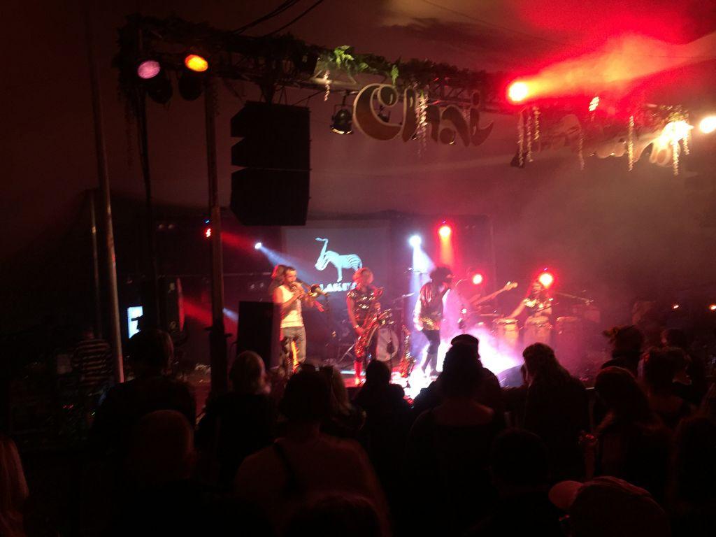 Lakuta performing in Chai Wallah tent